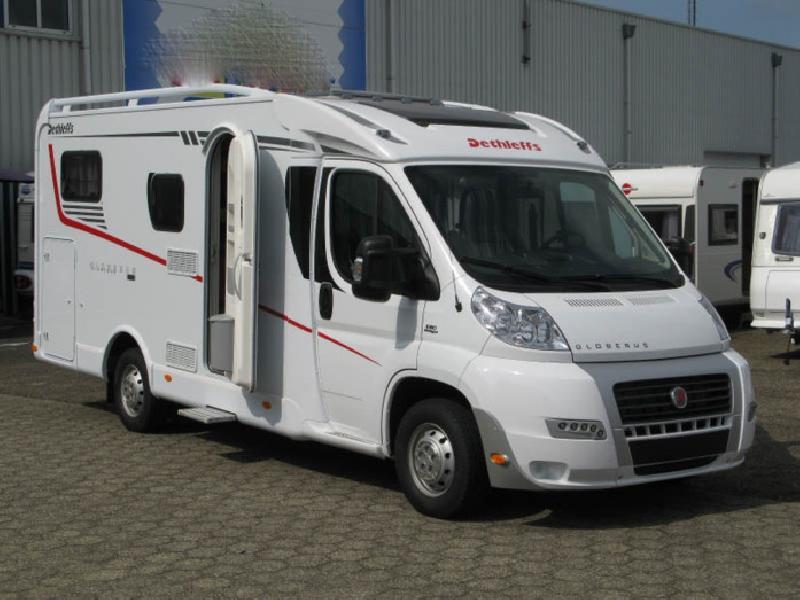 Camper a noleggio e in vendita centro caravans barassi - Camper 8 posti letto noleggio ...